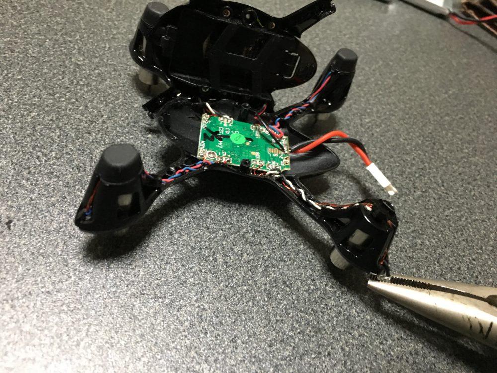 【壊れたので修理してみた】HUBSAN X4 H107C-3 モーターの交換方法