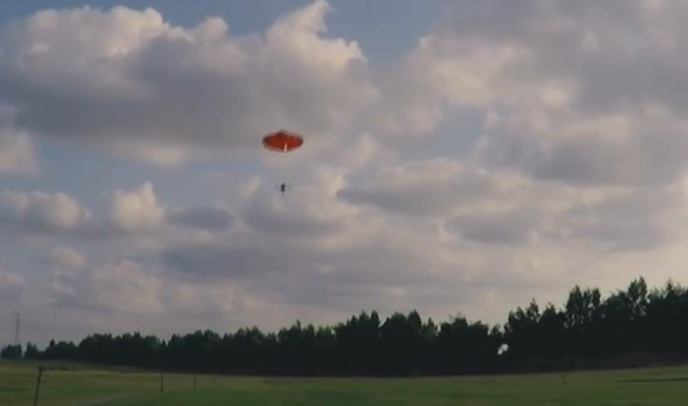 【墜落・落下防止】ParaZero社 Mavic ProとPhantomシリーズ用「SafeAir」パラシュートシステム開発!