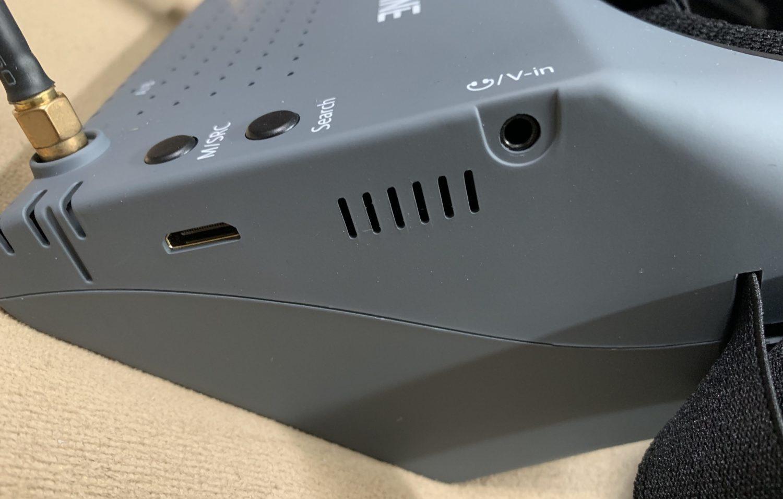5.8Ghz FPVゴーグル『Eachine EV900』レビューと使い方マニュアル