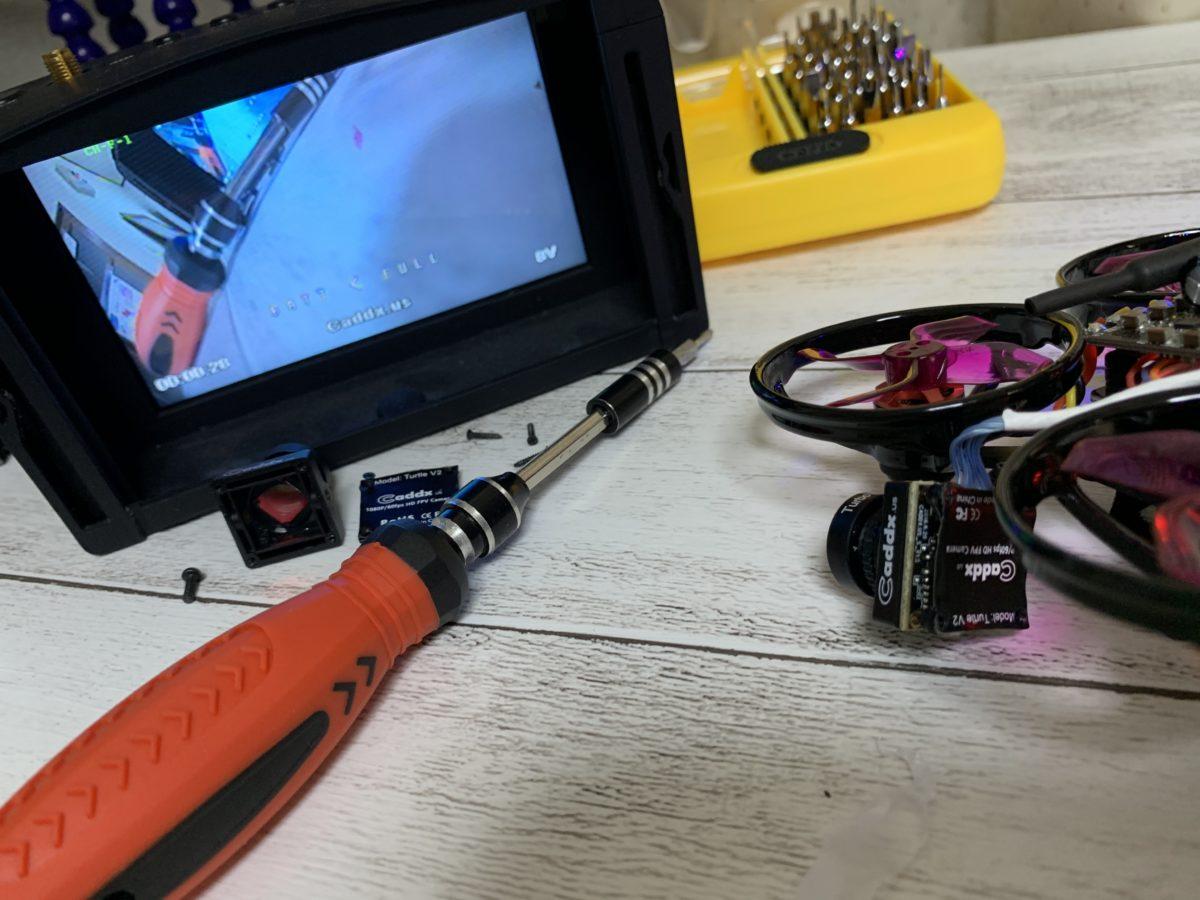 【Caddx Turtle V2  FHDカメラ】黄色画面になる不具合を解決!壊れたら交換パーツを購入して修理しよう