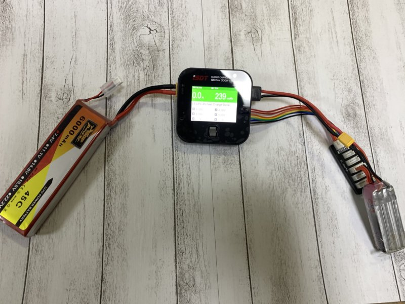 iSDT Q6 Pro リポバッテリー ポータブル充電器レビュー【持ち運びに便利】