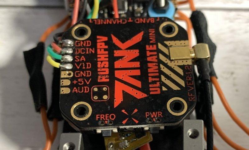 ドローンのVTX「RUSH TANK MINI」をレビュー!800mW出力